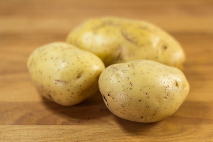 Boiled Potatoes (Salzkartfoffeln) - The Kitchen Maus