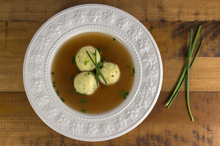 Semolina Dumpling Soup (Griessnockerlsuppe) | The Kitchen Maus