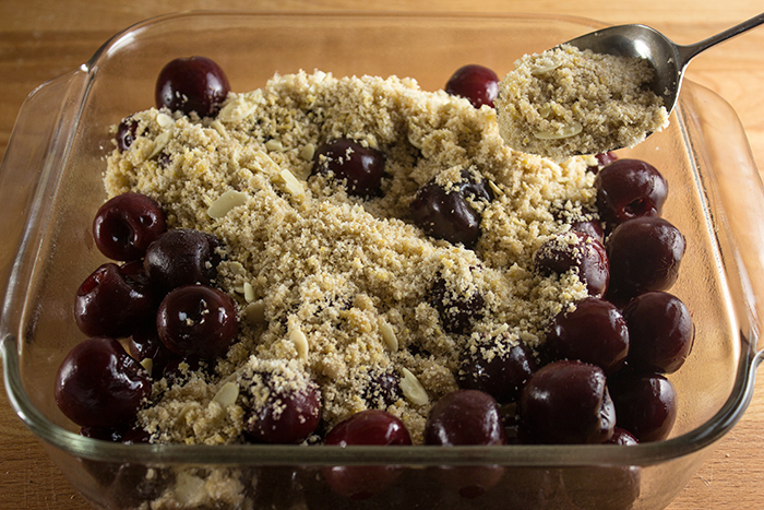 Cherry Amaretto Crumble | The Kitchen Maus