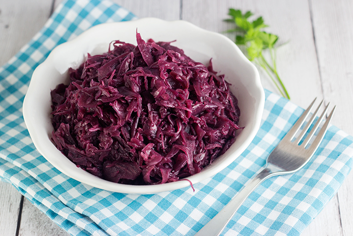 Easy Braised Red Cabbage (Blaukraut) | The Kitchen Maus